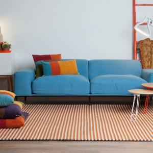 Kolorowa sofa z kolekcji na wiosnę 2014. Fot. Zuiver.