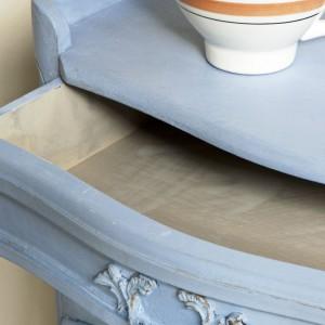 Mebel ręcznie malowany farbami Chalk Paint od Annie Sloan. Fot. PatyNowy.