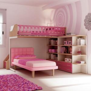Cukierkowa aranżacja pokoju dla dziewczynek. Fot. Moretti Compact.