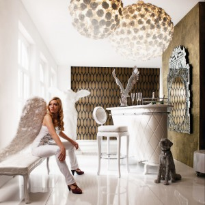 Kolekcja mebli w stylu glamour. Fot. Kare Design.