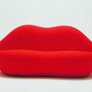 Sofa Bocca w kształcie kobiecych ust. Proj. Studio 65. Fot. Vitra.