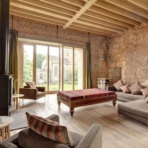 Renowacja zamku Astley Castle dzięki zastosowaniu naturalnej cegły. Fot. Witherford Watson Mann Architects.