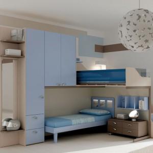 Pomysł na pokój dla braci w wieku szkolnym. Fot. Moretti Compact.