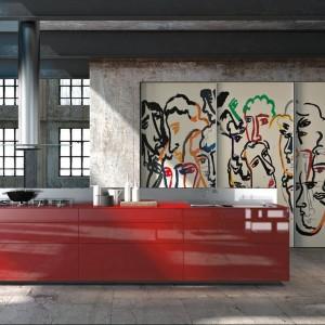 Kolekcja mebli kuchennych Artematica Vitrum idealna do nowoczesnych, modernistycznych wnętrz lub loftu. Prosta w formie. Na zdjęciu fronty ze szkła. Dostępne są jednak także fronty wykonane z innych materiałów. Wycena indywidualna, Valcucine.