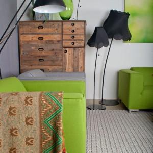 Zielony to dobry towarzysz kolorów ziemi - beży i brązów. Fot. Zuiver.