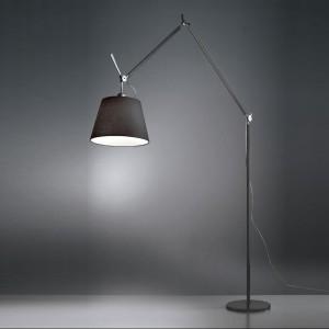 Lampa stojąca Tolomeo - klasyczny design. Marka: Artemide. Sprzedaż: 9design. Cena: ok. 1700 zł.