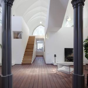 Naturalne materiały i minimalistyczny design - takie były priorytety projektantów. Fot. Frank Hanswijk.