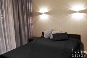 Mieszkanie dla mężczyzny w klasycznej, ponadczasowej stylistyce, odpowiadającej wymaganiom klienta.