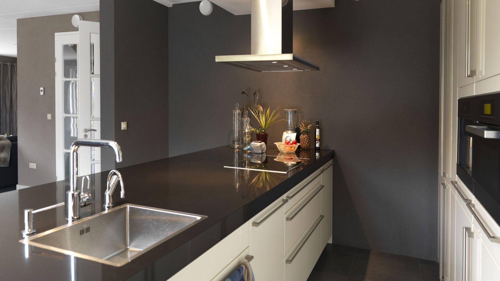 ściany W Kuchni Pomaluj Je Specjalną Farbą