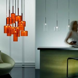 Geometryczna szklana lampa Spillray od Axo Light. Fot. Axo Light.