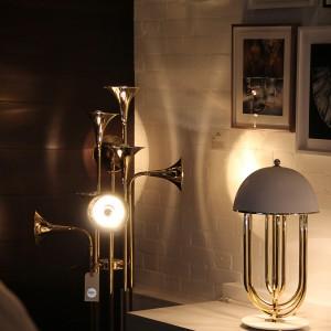 Dekoracyjne lampy są praktyczną ozdobą gabinetu. Fot. Delightfull.