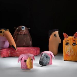 Kolekcja sof i siedzisk Gli Amici zaprojektowana przez Gaetano Pesce dla włoskiej marki Meritalia. Fot. Meritalia.
