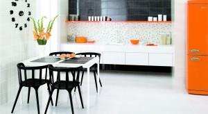 Płytki ceramiczne to idealny materiał na podłogę w kuchni. Są trwałe, odporne na uszkodzenie i mają ładny, estetyczny wygląd. Zobaczcie 15 najciekawszych kolekcji polecanych do kuchni.