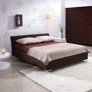 Łóżko Hebe Box dostępne w rożnych tkaninach obiciowych. Fot.Dller.