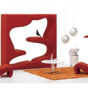 Futurystyczny fotel Amoebe marki Vitra. Fot. Vitra.