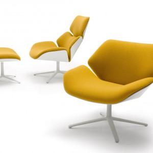 Fotele z kolekcji Shrimp w wesołym żółtym kolorze. Marka Cor. Fot Cor,