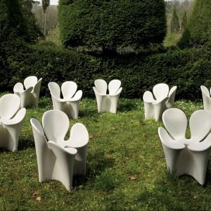 Fotel-koniczyna Clover to propozycja od marki Driade. Fot. Driade.