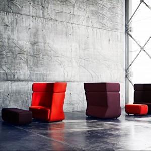 Wysoki fotel Basket duńskiej marki Softline. Fot. Softline.