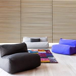 Kolekcja modułowych foteli Fluid marki Softline. Fot. Softline.