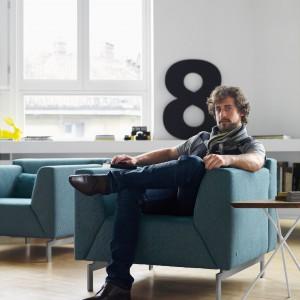 Nowoczesny fotel z kolekcji Linea. Fot. Rolf Benz/Studio Asymetria.