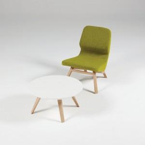 Zielony fotel Oblique. Fot. Kvadra/Le Pukka Concept Store.