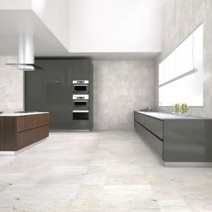 Płytki z kolekcji Elan firmy Zirconio przypomina idealne połączenie wody na kamieniach. Format: 60x60 cm. Fot. Zirconio.