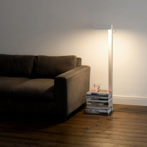 Lampa podłogowa Leftor Right Big. Fot. Studio Julian Appelius.