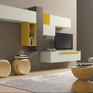 Niewielkie akcenty w żółtym kolorze ożywiają beżowy wystrój. Fot. Colombini Casa.