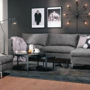 Oryginalna lampa eksponuje grafiki. Fot. Nordic Muebles.