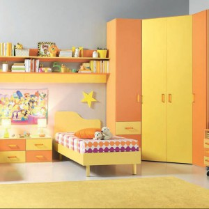 Żółto-pomarańczowa kolekcja Armando. Fot. Battistella.