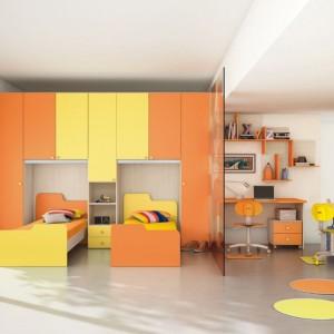 Energetyczna aranżacja w żółto-pomarańczowej tonacji. Fot. Colombini Casa.