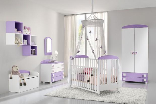 Pokój dla niemowlaka: ładny i praktyczny
