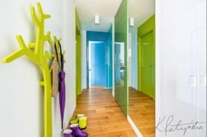 Kolorowe mieszkanie - hall.