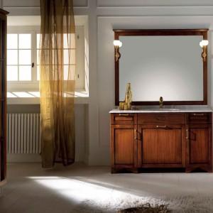 Kolekcja drewnianych mebli Windsor Stuart Tudor. Fot. BMT Bagni.