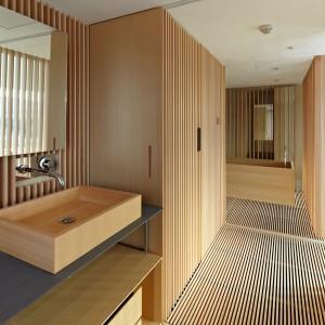 Drewnem można wykończyć praktycznie całe wnętrze. Fot. Giesen Design.