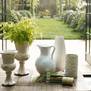 Porcelanowe akcesoria do kwiatów. Fot. Marks&Spencer.