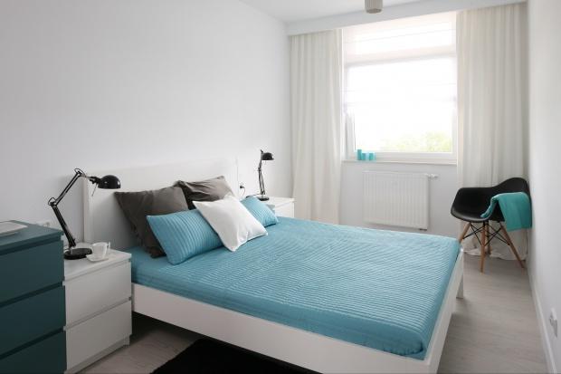 Sypialnia w turkusie – 13 inspirujących pomysłów na wnętrze