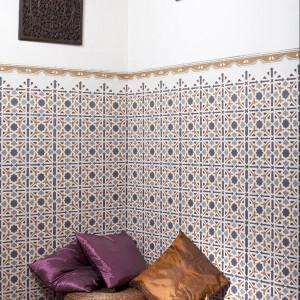 Etniczne zdobienia to cecha charakteryzująca kolekcję Al-Andalus firmy Cerlat. Fot. Cerlat.