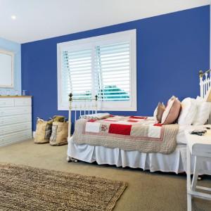 Marina Blue to trend kolorystyczny promowany przez markę Beckers. Marynarski niebieski
