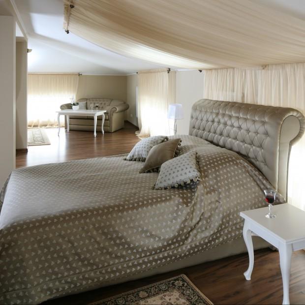 Romantyczna sypialnia w kobiecym stylu