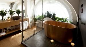 Styl japoński kojarzy się z czystością, estetyką, duchowością, dlatego bardzo chętnie stosowany jest w łazienkach oraz gabinetach SPA.