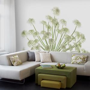 Pasy tapety tworzą na ścianie roślinny motyw. Fot. Mr Perswall.