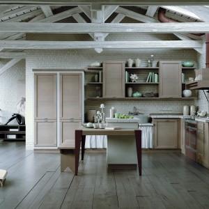 Kuchnia z kolekcji Terre di Toscana. Naturalna i stylowa. Wykonana z drewna. Ciekawie prezentuje się zestawienie górnych szafek oraz oryginalna obudowa okapu. Wycena indywidualna, Zappalorto.