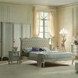 Kunsztownie wykonane łoże z dedykowanej do niego kolekcji mebli do sypialni marki Fanfani. Fot. Fanfani