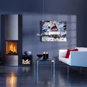 Ognisty detal znakomiecie ociepla minimalistyczne wnętrza. Fot. Contura