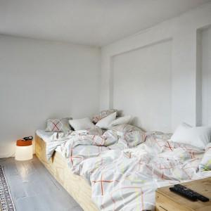Komplet pościeli, która dobrze się prezentuje nawet nieuprasowana i wygnieciona. Projekt: Margrethe Odgaard. 139 zł. Fot. IKEA.