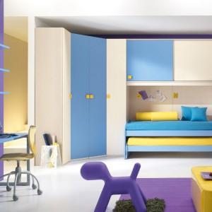 Fiolet, błękit, żółć i biel - zestaw kolorów odpowiednich dla chłopca i dziewczynki. Fot. Spar.it.
