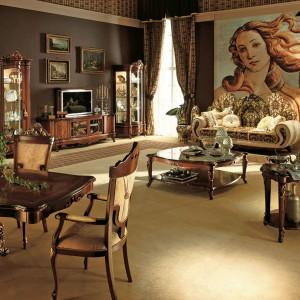 Połowę salonu tworzy strefa wypoczynkowa, drugą cześć - jadalniana. Fot. Treci.