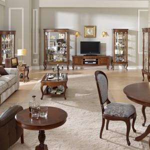Elegancki salon z jadalnią w stylu klasycznym. Fot. Panamar.