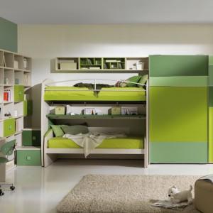 Przy dobrym rozplanowaniu przestrzeni nawet dwójka dzieci będzie się czuć komfortowo. Fot. Giessegi.